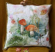 Úžitkový textil - Maľovano-vyšívaný vankúš Dva - 11325127_