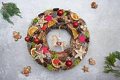 Dekorácie - Vianočný veniec na dvere - 11325609_