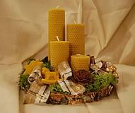 Dekorácie - Adventný venček s včelím voskom - 11325488_
