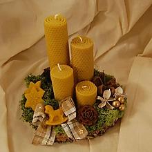 Dekorácie - Venček na dreve s včelím voskom - 11325489_