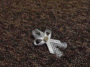Pierka - Biele čipkované svadobné pierko pre hostí - 11327221_