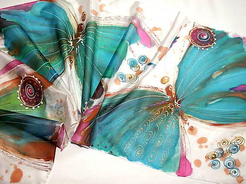 Hodvábny šál - motýle