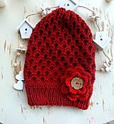 Detské čiapky - Bordova predlzena s ruzou - 11328252_