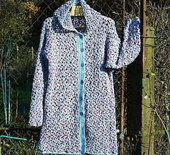 Kabáty - Háčkovaný měkounký kabátek - 11332703_