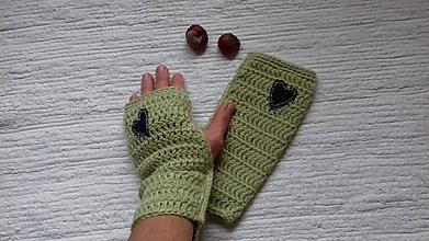 Rukavice - Zelené na ruky s riflovým srdiečkom - 11330559_