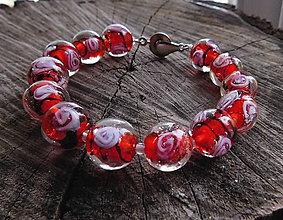 Náramky - sklenený náramok  ružičky - 11331148_