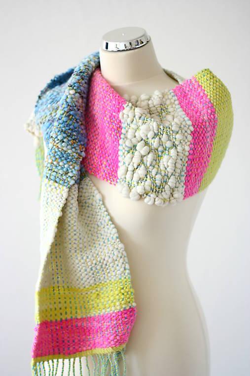 BRIGHT SIDE OF LIFE - Ručne tkaný šál z ručne pradenej merino vlny