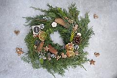 Dekorácie - Vianočný veniec na dvere z čečiny - 11332168_