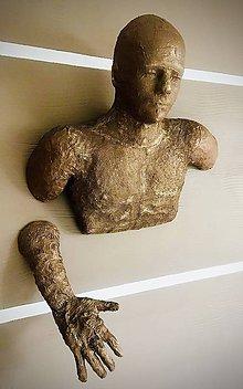 Dekorácie - Závesná dekorácia socha - 11331339_