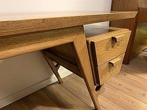 Nábytok - Dubový písací stôl - 11330213_