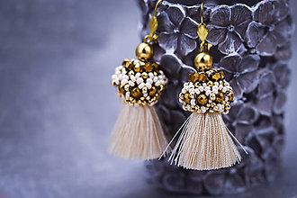 Náušnice - Zlato-béžové strapcové náušnice / tassel earrings - 11329798_