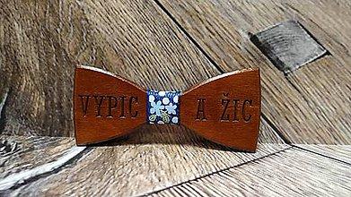 Doplnky - Pánsky drevený motýlik VYPIC a ŽIC TMAVÝ - 11332023_