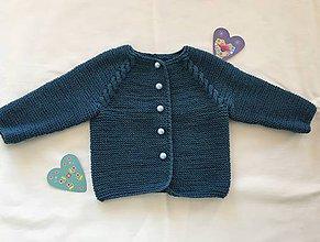 Detské oblečenie - Svetrík pre bábätko (Modrá) - 11334600_