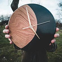 Hodiny - Smaragd - Dubové živicové hodiny - 11338126_