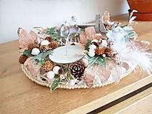 Dekorácie - vianočný svietnik v prírodných farbách - 11339205_