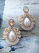 Náušnice - smotanovo perleťové náušničky - 11341472_