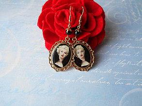 Náušnice - Krásna Marilyn - 11338808_