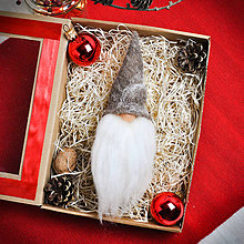 Dekorácie - Plstený vianočný škriatok Igor - hlava - 11342371_