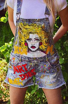 Nohavice - Maľované riflové kraťasy s trakmi - 11342339_