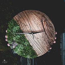 Hodiny - Mach - Topoľové drevené hodiny - 11342222_
