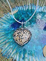 Náhrdelníky - Dalmatínske srdce - 11340308_