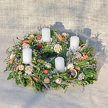 Dekorácie - Adventný veniec zo živej čečiny - 11342947_