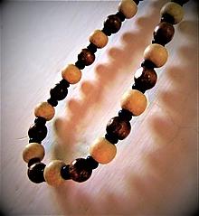 Náhrdelníky - Drevený náhrdelník. - 11346896_