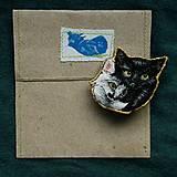 Odznaky/Brošne - Brošňa ručne vyšívaná Mačka Inka a Milka - 11345340_