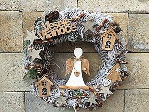 Dekorácie - Vianočný veniec na dvere prírodný - 11347083_