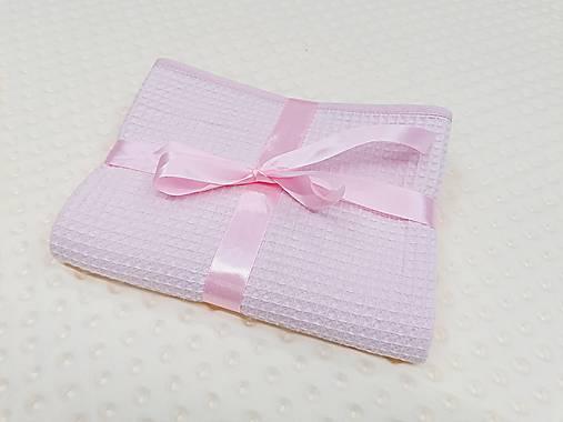 Vafľová svetloružová osuško-deka