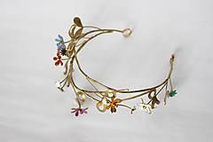 Ozdoby do vlasov - Mosadzný venček s listami a farebnými kvetmi - Devanka - 11348292_