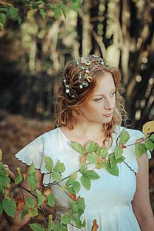 Ozdoby do vlasov - Mosadzný venček s apatitovými listami a bielymi kvetmi - Devanka - 11349390_