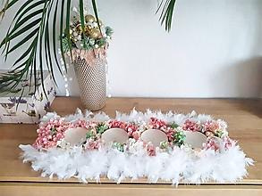 Svietidlá a sviečky - maxi svietnik s páperím a kvetmi - 11350911_