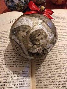 Dekorácie - Vianočná guľa - 11350411_
