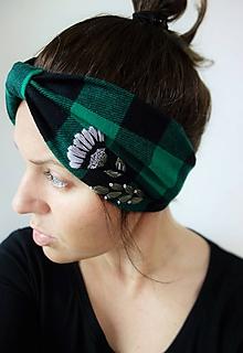 Čiapky - Flanelová turban čelenka  - Zelené káro - 11350917_