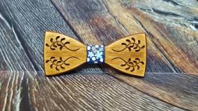 Pánsky drevený motýlik FOLK MELODY