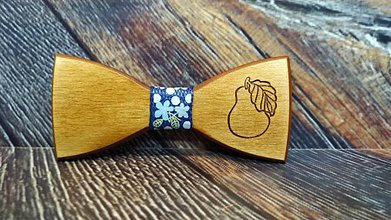 Doplnky - Pánsky drevený motýlik HRUŠKA - 11348324_