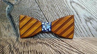 Doplnky - Pánsky drevený motýlik TOPAN 3D TMAVÝ - 11348368_