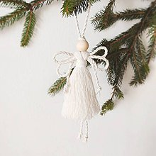 Dekorácie - Makramé vianočná ozdoba FAIRY (Biela) - 11354353_