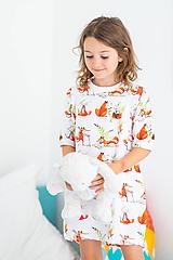 Detské oblečenie - Detská nočná košeľa Líška Plíška a zajac Ervín - 11355069_