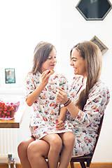 Detské oblečenie - Detská nočná košeľa Juicy - 11355092_