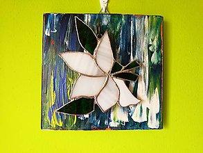 Dekorácie - Tiffany Ľalia v bielom (Ľalia v drevenom obraze) - 11354351_