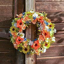 Dekorácie - Pestrofarebný veniec na dvere - 11355428_