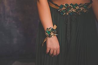 """Náramky - Glamour náramok na ples či stužkovú """"smaragdy v očiach"""" - 11356604_"""