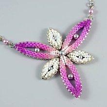 Náhrdelníky - Hviezdica - náhrdelník - ružová-biela-strieborná - 11357656_