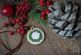 Náhrdelníky - Vianočná Vyšikráska Kornélia - 11359311_