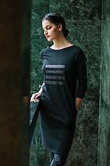 Šaty - FNDLK úpletové šaty 449 RVqL_glitter - 11359975_