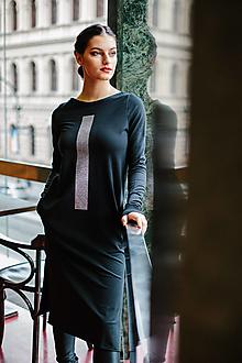 Šaty - FNDLK mikinošaty 451 RVL_glitter midi s rozparky - 11360061_