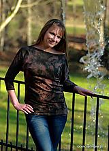Tričká - Dámske šité tričko maľované, batikované TECH  - 11359713_
