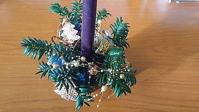 Dekorácie - Vianočná dekorácia v mosadznej nádobe - 11359723_